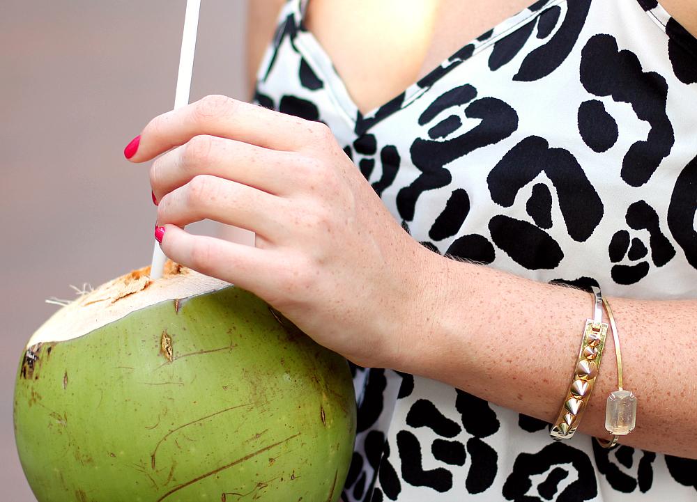 Summer-Wishlist-Vicky-beautystories-coconut