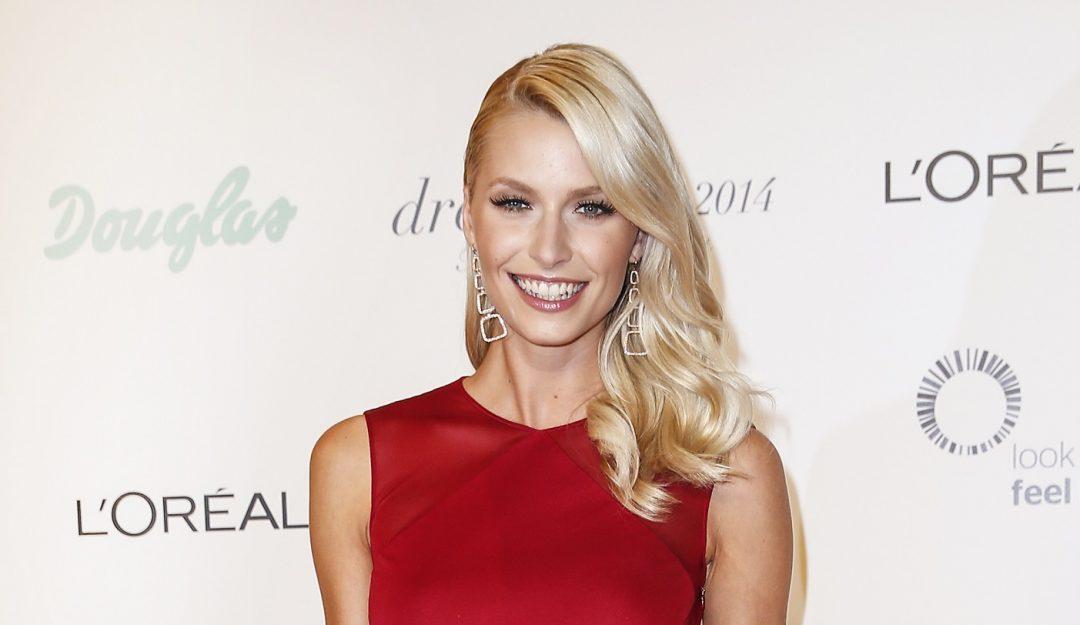 "dreamball 2014: Lena Gercke bekam auf der Gala den ""Douglas CHARITY STAR"" verliehen."