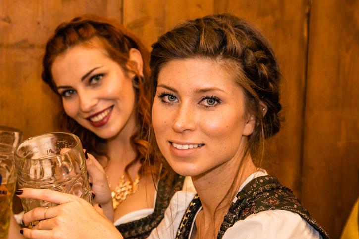 Vicky auf der Wiesn - beautystories