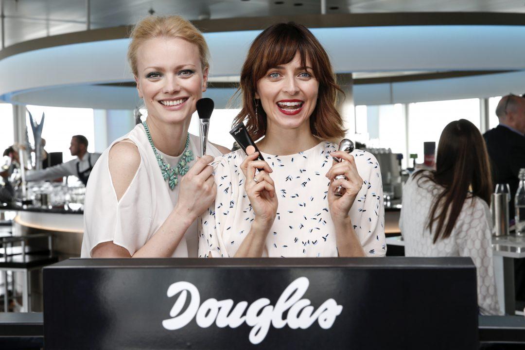 Franziska Knuppe und Eva Padberg beim Douglas Make-up Event