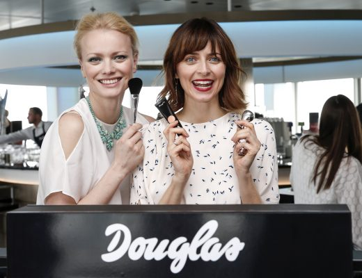 Franziska Knuppe und Eva Padberg beim Douglas Make-up Event
