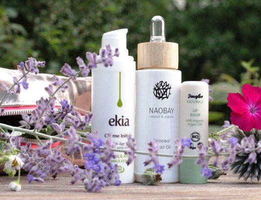 In mein Kosmetiktäschchen sind längst Natur-Brands wie Noabay, Ekia und Douglas Naturals eingezogen. Und wie sieht es bei Euch aus?