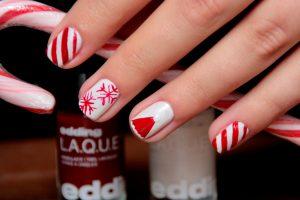X-mas Nails: Süße Versuchung in rot und weiß