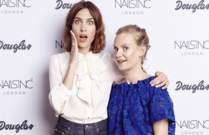 Alexa-Chung-im-Beauty-Interview