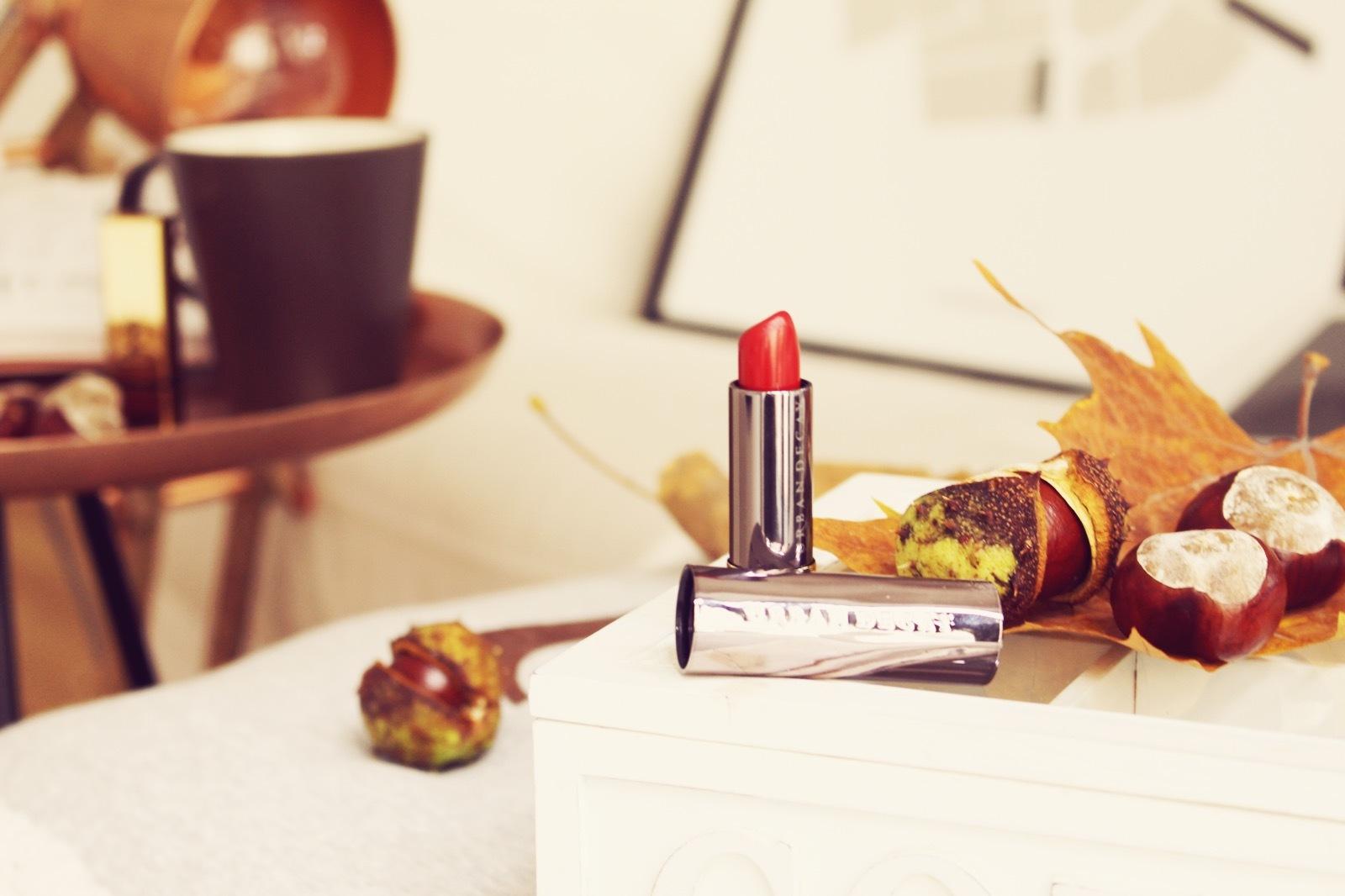 Lipstick-in-Rubinrot