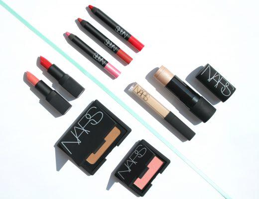 NARS Produkte Flatlay